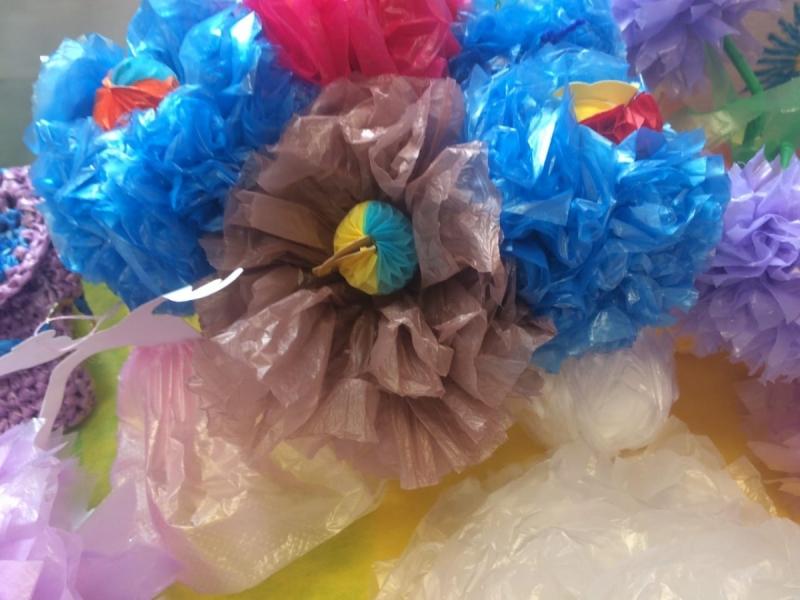 Цветы из целлофановых пакетов фото печати используются